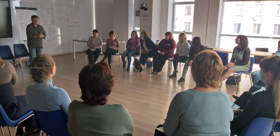 Семинар Ассоциации организаций, работающих в сфере профилактики отказов от новорожденных прошелв Москве 29-30 сентября 2020 года